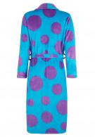 Blauwe badjas met paarse stippen