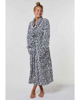 Grijze badjas panter voor haar